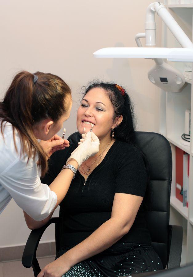 Вы просматриваете изображения у материала: Кабинет косметического отбеливания зубов